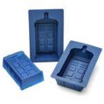 TARDIS Cake Mold